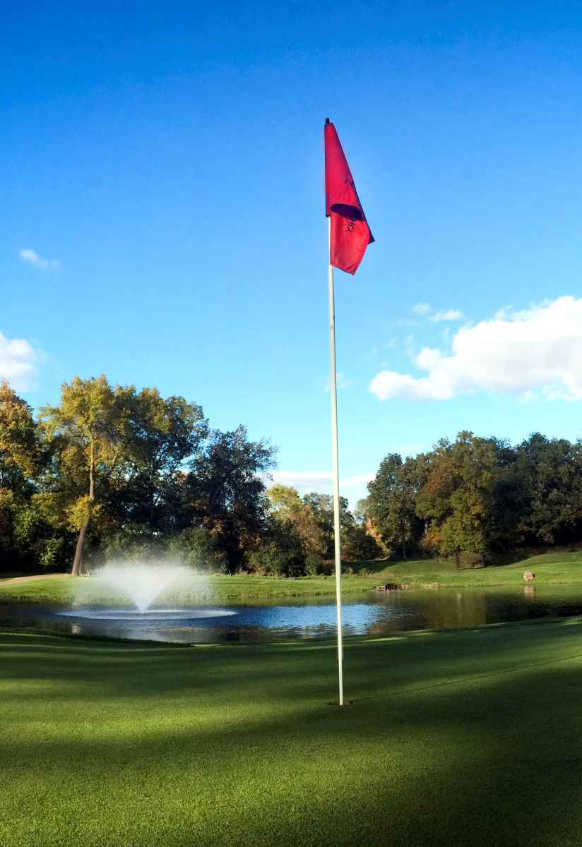 trees surround the fairway at Old Hickory Golf Club